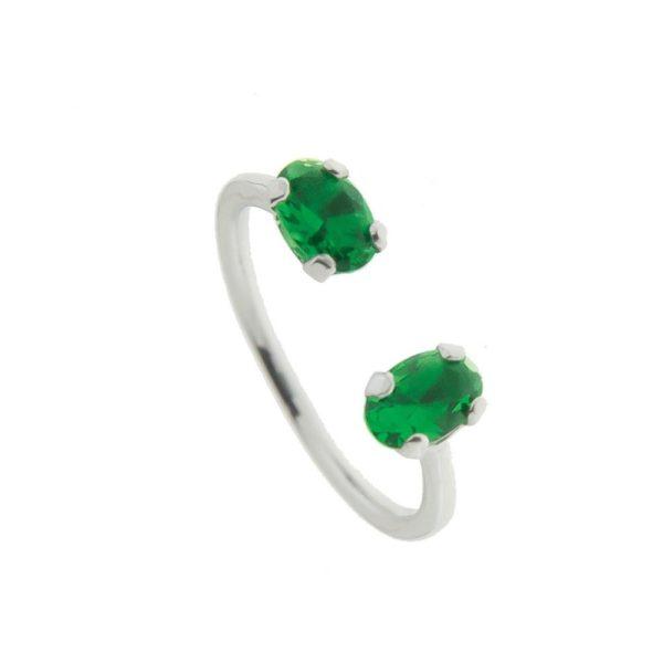 Anello in argento con zirconi smeraldo